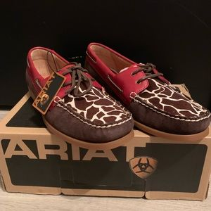 Women's Ariat giraffe shoes